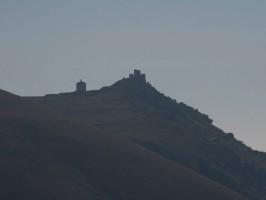 Rocca Calascio e la chiesa di Santa Maria della Pietà
